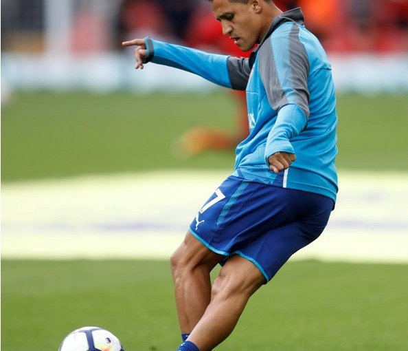"""Football Soccer - Premier League - Liverpool vs Arsenal - Liverpool, Britain - August 27, 2017   Arsenal's Alexis Sanchez warms up before the match    Action Images via Reuters/Carl Recine     EDITORIAL USE ONLY. No use with unauthorized audio, video, data, fixture lists, club/league logos or """"live"""" services. Online in-match use limited to 45 images, no video emulation. No use in betting, games or single club/league/player publications. Please contact your account representative for further details."""